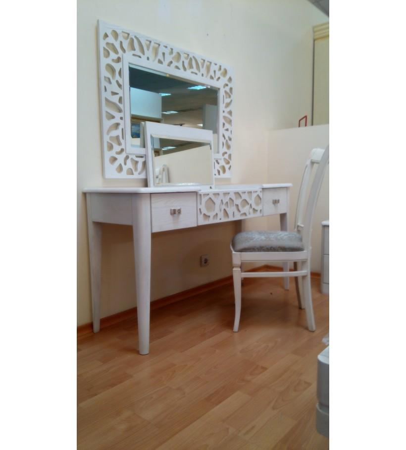 Туалетный стол с зеркалом Сандрина
